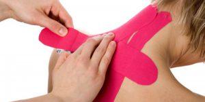 applicazione-taping-elastico